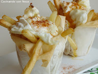 Cestitas rellenas de patatas y huevo frito