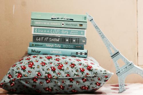 Обичам книгите :)