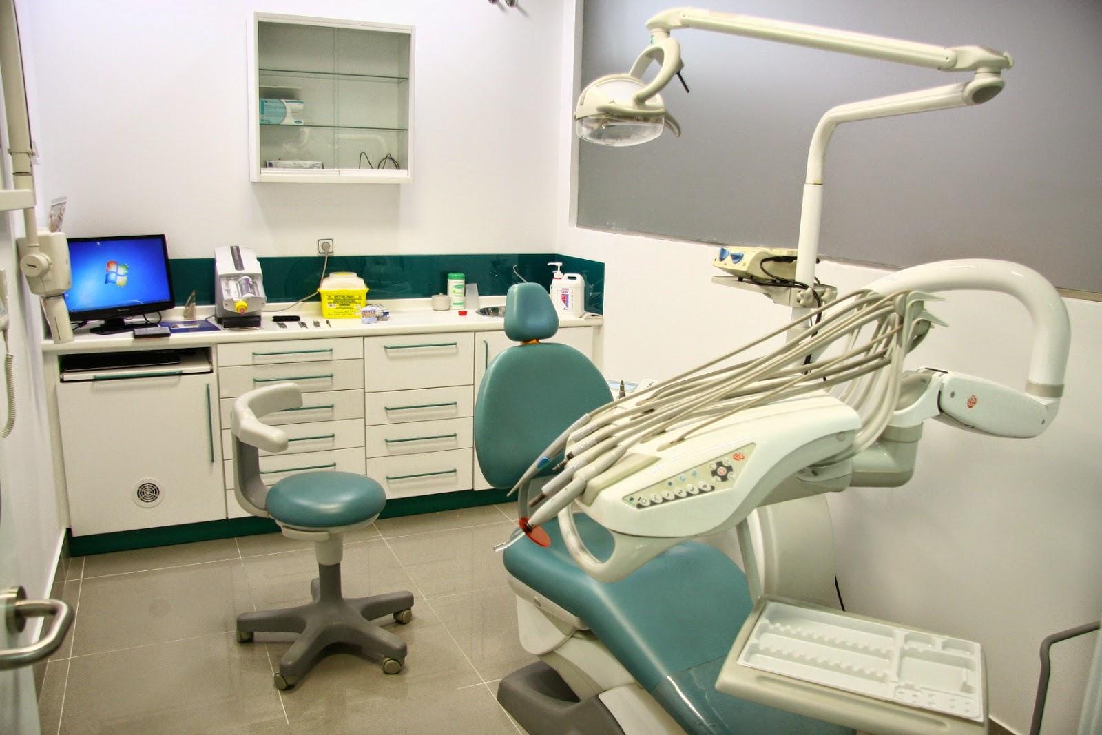 El blog del mierense debate en tres preguntas de los for Clinica dental el escorial