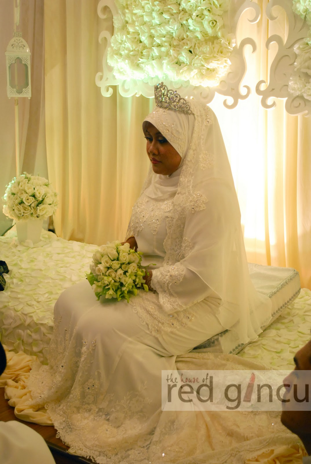 wedding boutique the house of red gincu busana pengantin