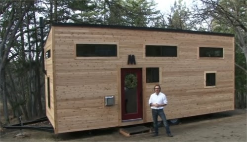04-Home-from-the-Front-hOMe-Andrew-Morrison-tinyhousebuild.com-www-designstack-co