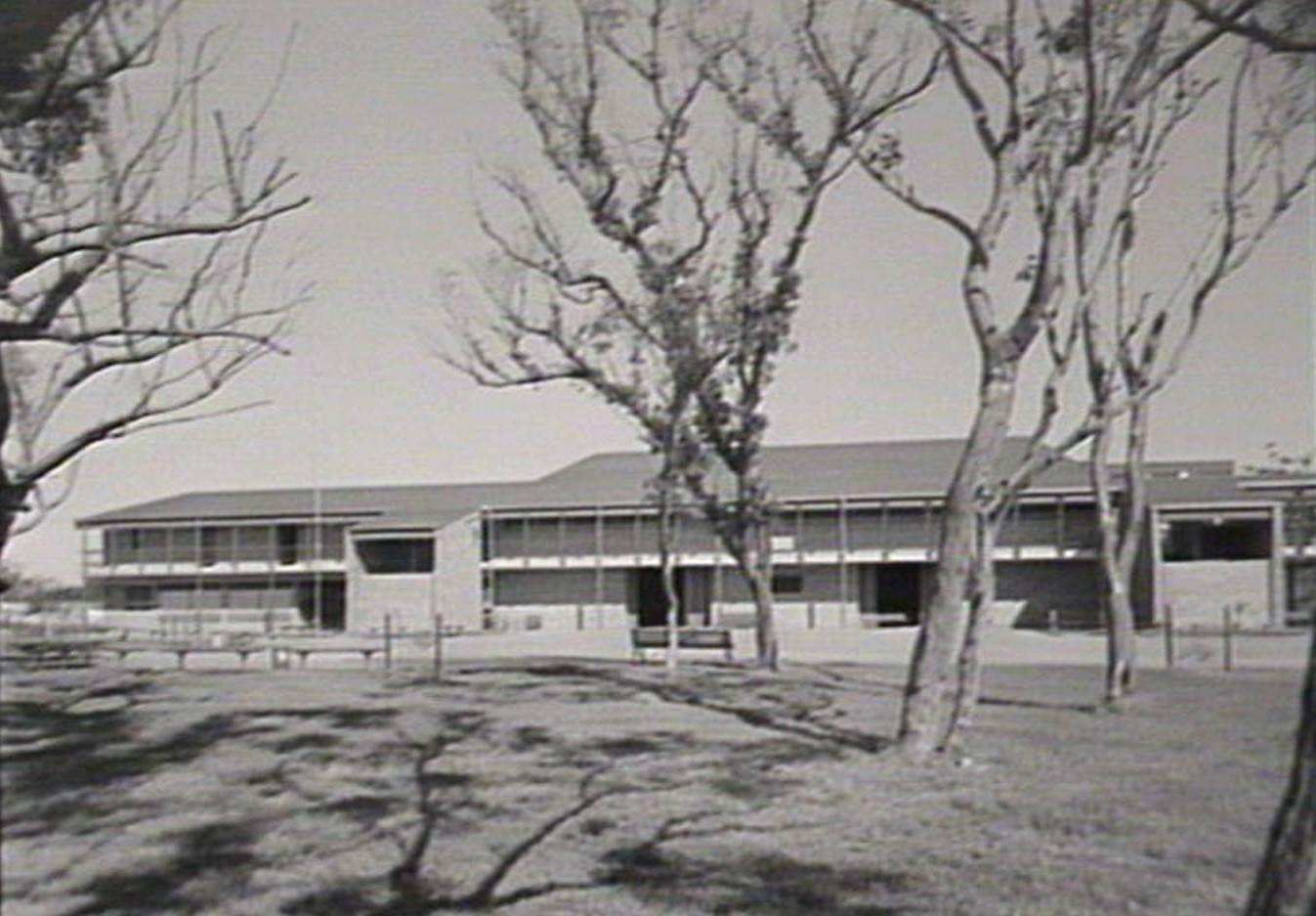 Gorokan Australia  city photos gallery : Gorokan High School: REUNION 1970s students first four years ...