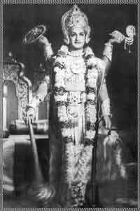http://1.bp.blogspot.com/-10DSNDo6W6w/Tv_iR2--CtI/AAAAAAAAF1U/8M7Rkpe4UZg/s1600/Shri-Tirupati-Venkateswara-.jpg