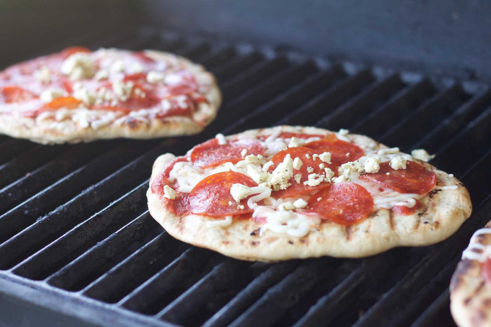 Do it yourself divas diy grilled pizza diy grilled pizza solutioingenieria Choice Image