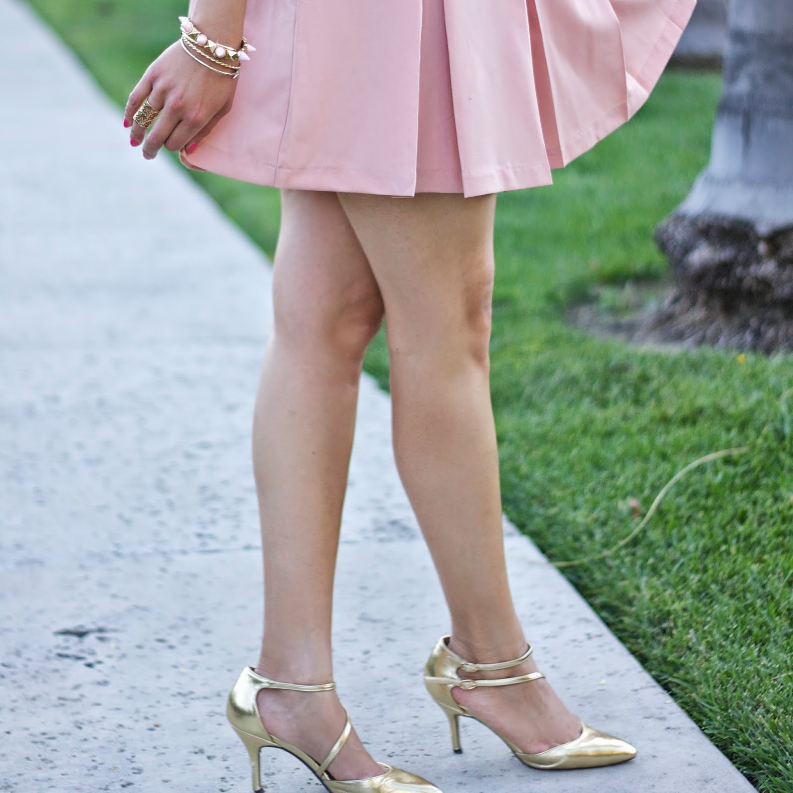 ASOS gold pointed strappy shoes, gold metallic shoes, luxurious gold shoes