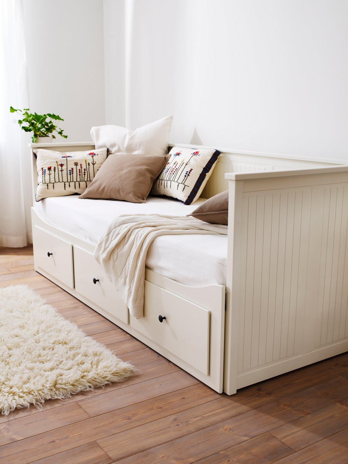 home harmony wrze nia 2011. Black Bedroom Furniture Sets. Home Design Ideas