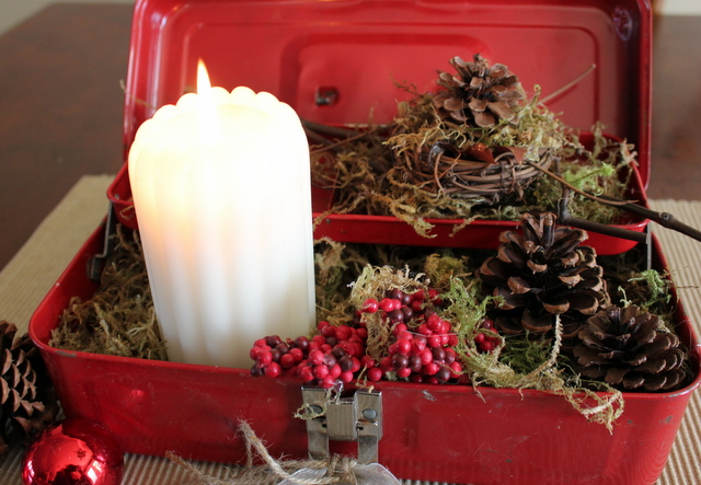 centerpiece, Christmas, candle, junk, tool box, http://bec4-beyondthepicketfence.blogspot.com/2015/10/its-beginning-to-look-lot-like.html