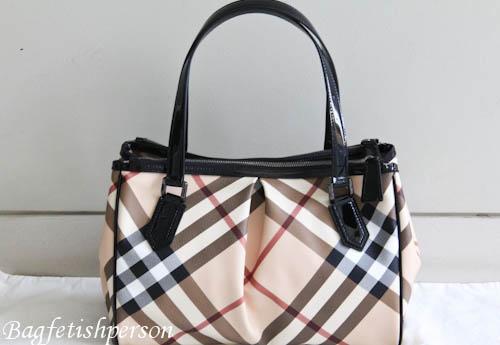 My first Burberry bag: Nova Check Medium Tote