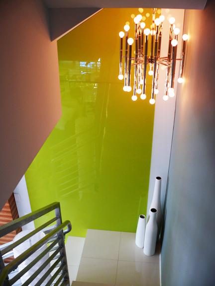 Mod design guru fresh ideas cleverly modern design for Back painted glass design