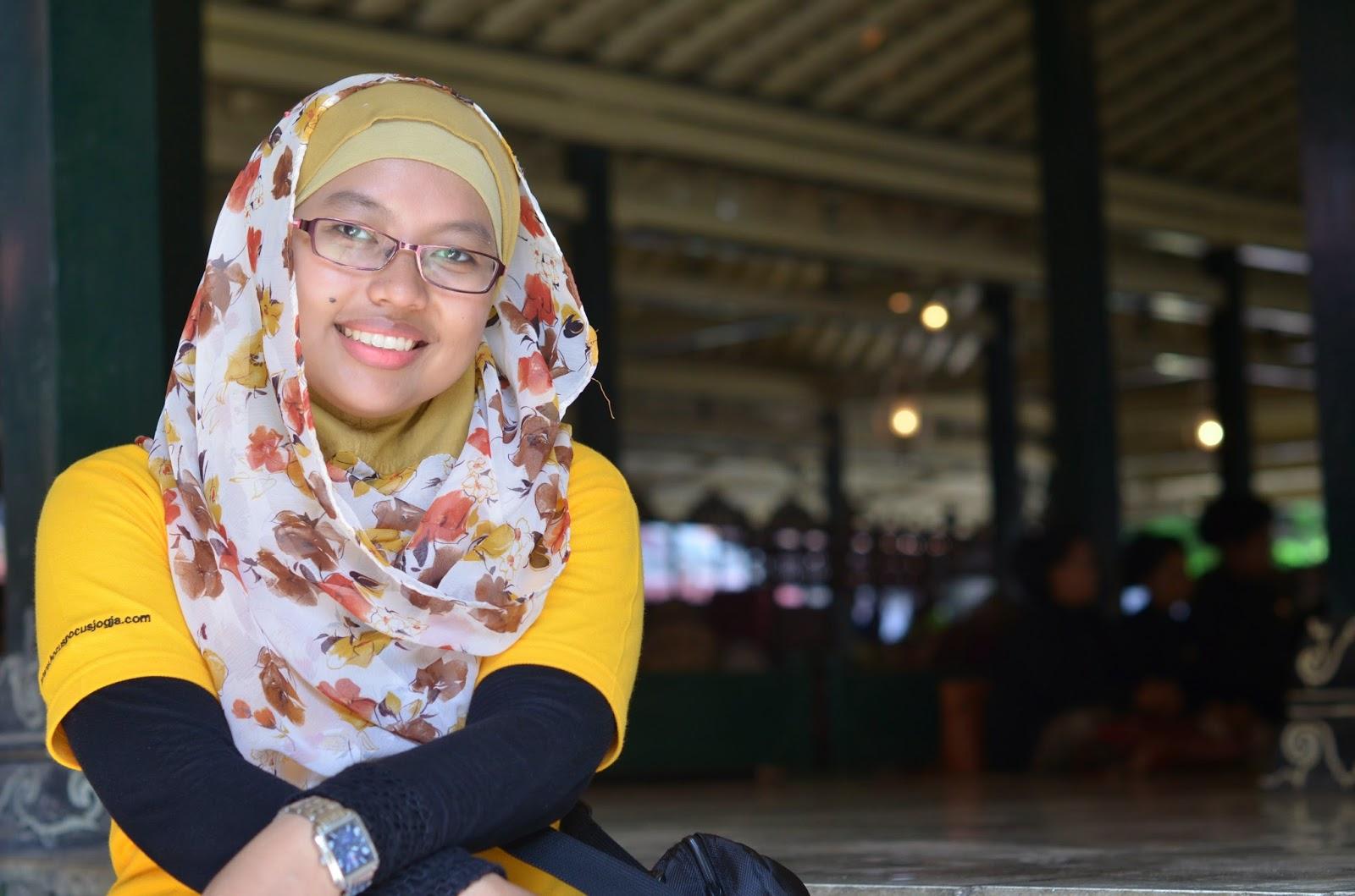 Ika Safitri Hijaber PLN Tanjung Jati B   Hijab Style