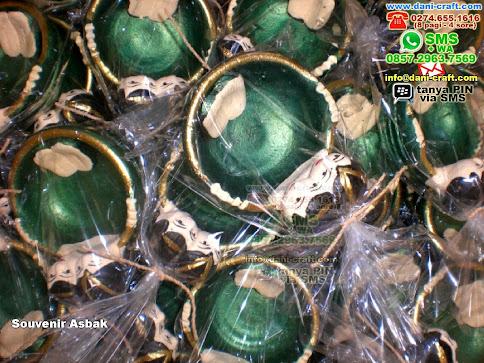 Souvenir Asbak Clay Blitar