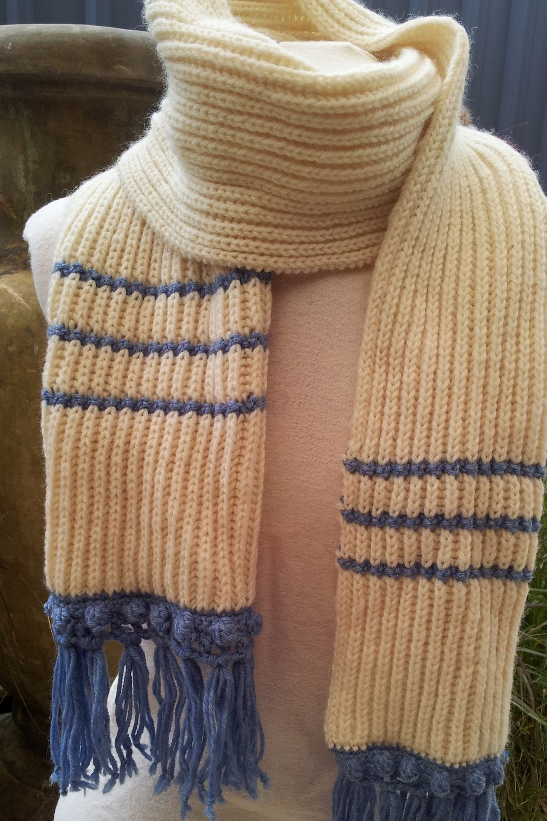 FitzBirch Crafts: Off to Canada Scarf