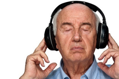 Study Shows Pop Music Too Loud And All Sounds The Same