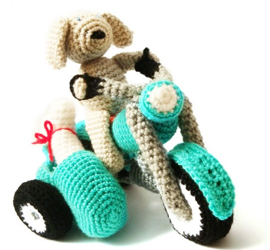 Amigurumi Pattern - Dog & Motorbike   Mysterious Cats Crochet Patterns