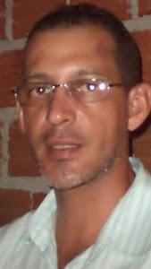 PROFESSOR  NILTON