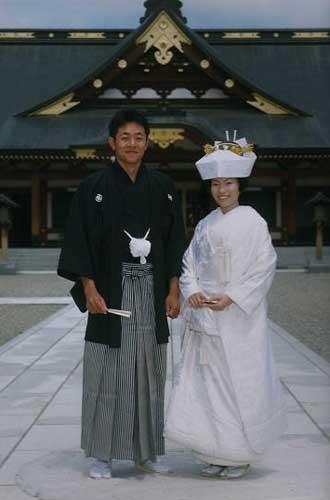 Peace love japan modern japanese wedding dresses