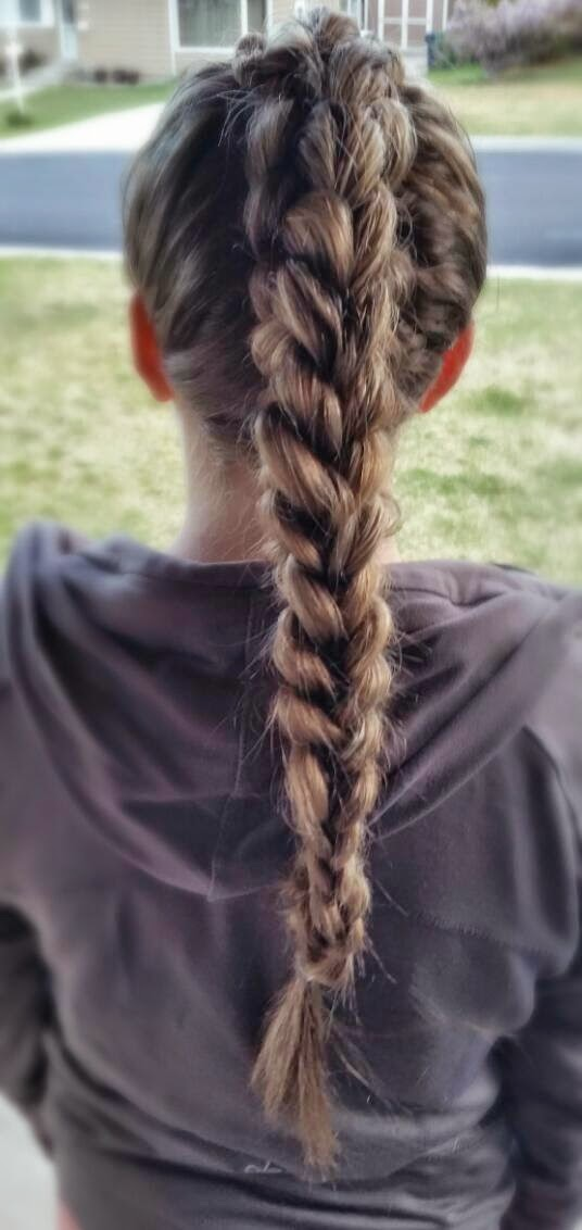 Pretty princess hairstyles: Dragon braid from cute girls hairstyles