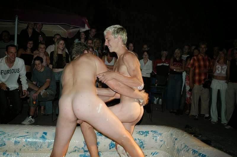 Fotos de joven nudista