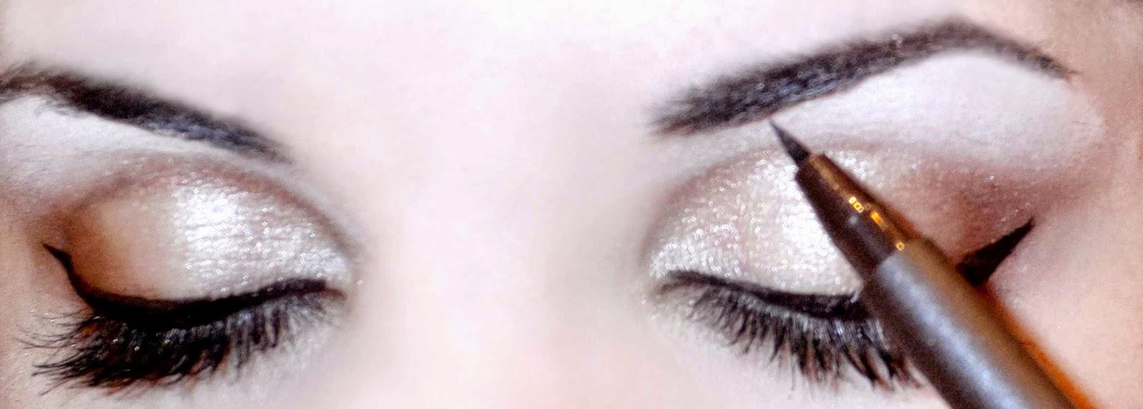 maquillaje pin up cejas angulosas
