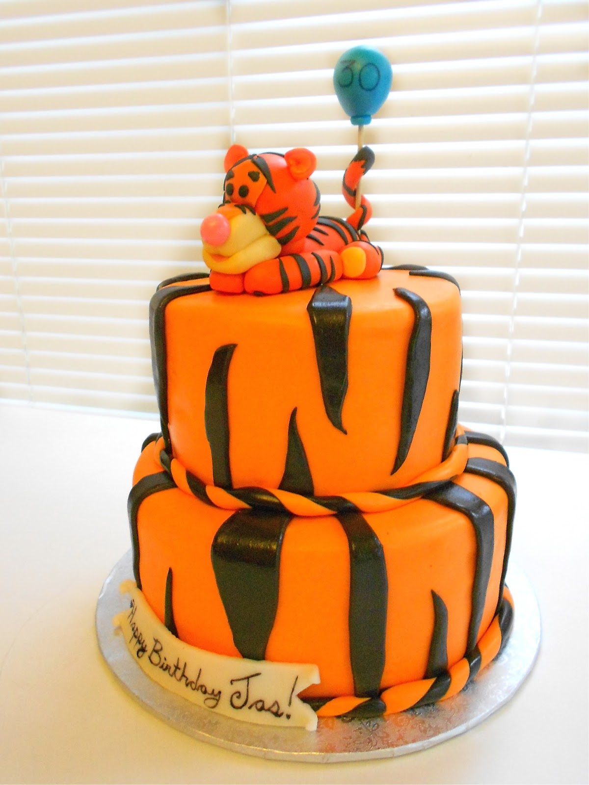 Tigger Birthday Cake Design