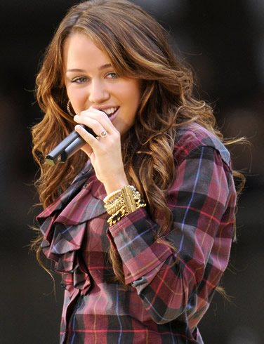 Miley Cyrus on On Doc And A Part In Tim Burton S Big Fish Check Out Miley Cyrus Smile