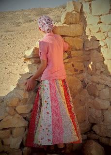 http://creativecustomclothing.blogspot.com/2014/01/fancy-flair-skirt.html