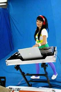 Foto dan Biodata Personil Laras Super Girlies