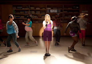 """Recap/review of Glee 1x21 """"Funk"""" by freshfromthe.com"""