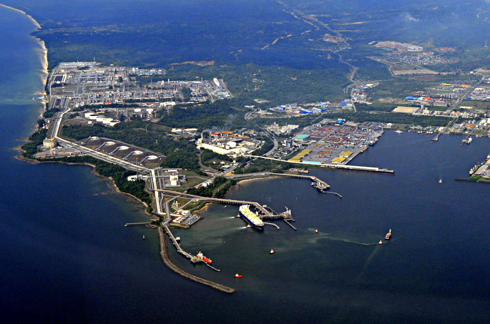 Bintulu Malaysia  city photos : Malaysia Photo Travel: Aerial View of MLNG and Bintulu Port