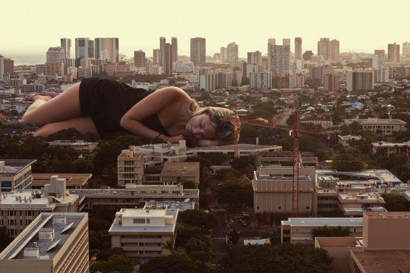 Kylie Woon fotografia photoshop surreal solidão melancolia Garota da cidade