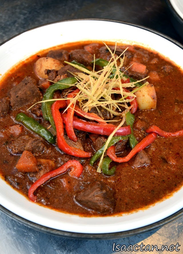 Curry beef dish