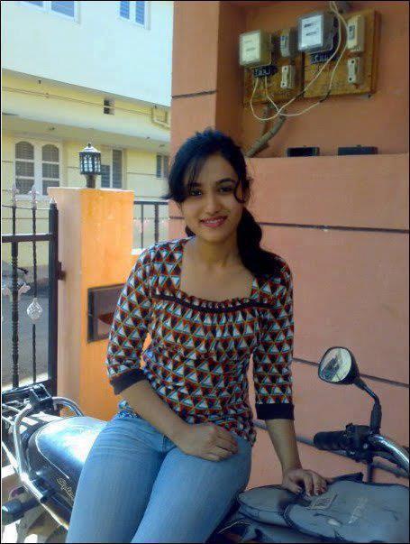 indian desi tshirt in girl photos