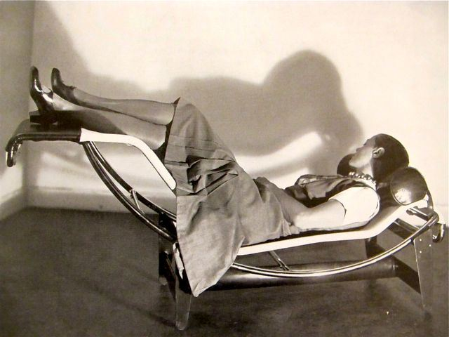 Kitten vintage 1930s interior design charlotte perriand for B306 chaise longue