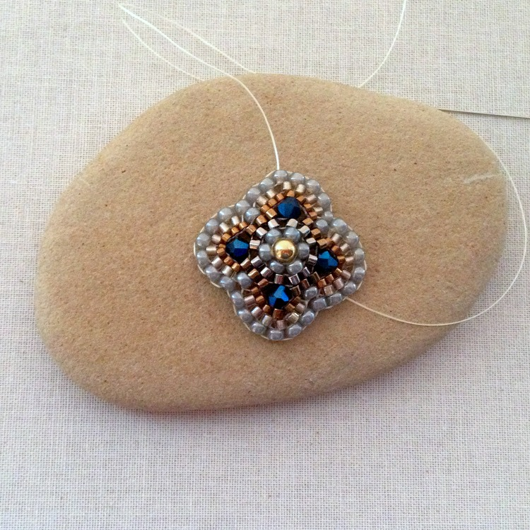 Lisa Yang\'s Jewelry Blog: DIY Miguel Ases Style: Finding a Good ...