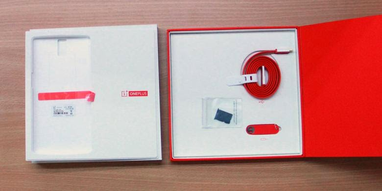 """""""Unboxing"""" Android OnePlus One di Jakarta"""