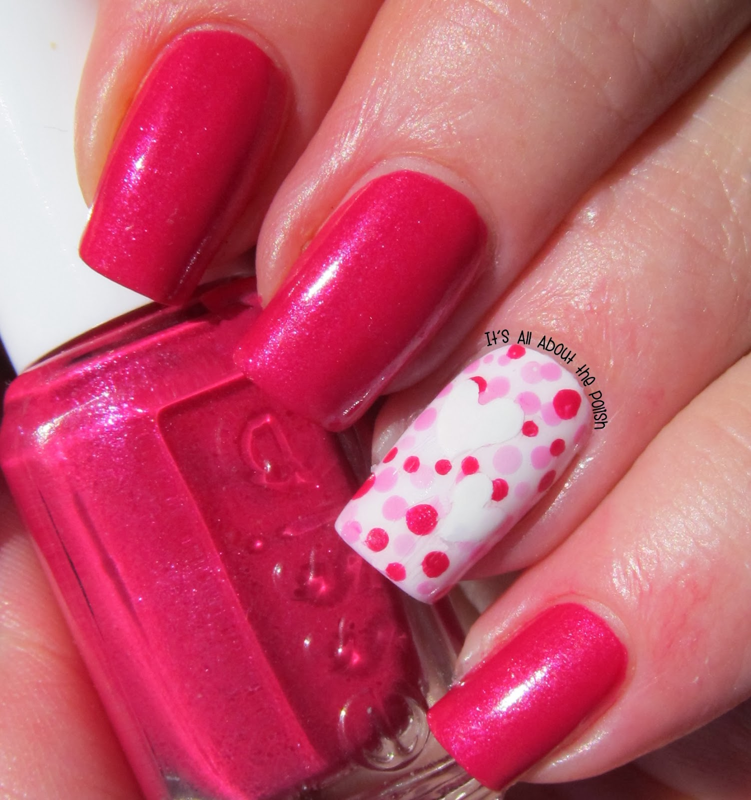 It\'s all about the polish: Dotticure Valentine\'s Day Nail Design