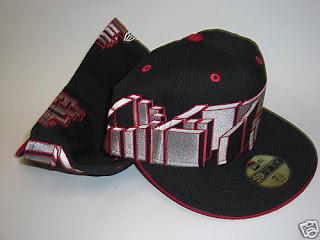 NEW ERA FITTED HAT CAP DETROIT SKYLINE 7 1/4 BLACK RED