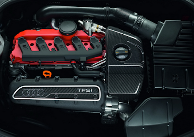 2017 Audi TT-RS engine