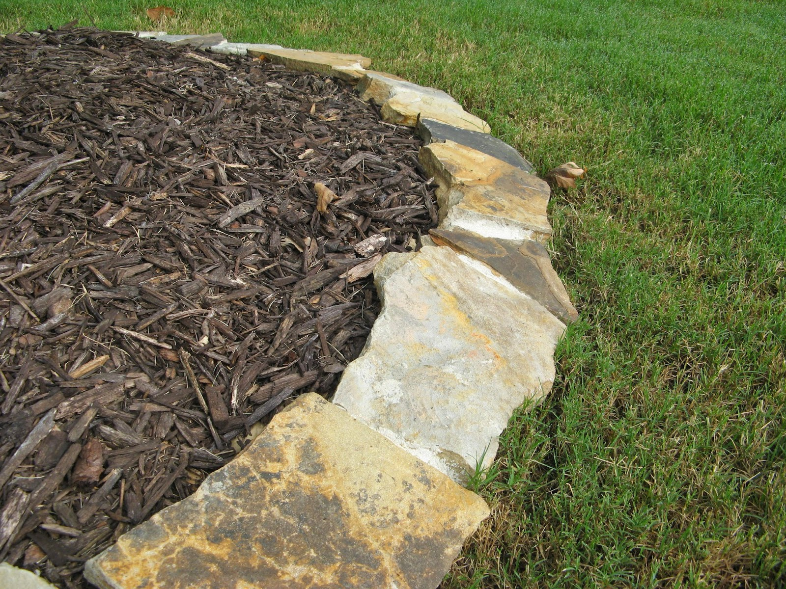 DIY STONE LANDSCAPING BORDER