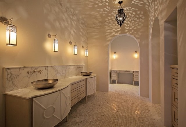 Salle De Bain Marocaine Traditionnelle : … et relooking: Eclairage de salle de bain pour une efficacité maximale