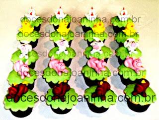 Mini cupcakes decorados fazendinha: cavalo, porquinho, vaca, ovelha, patinho, galinha