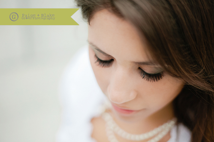 Bride's soft eye makeup by Paige and Blake Green Photography