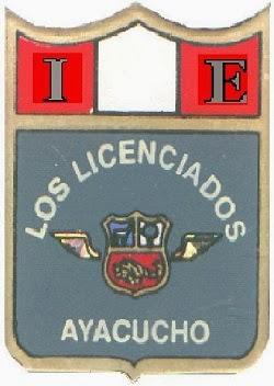 ie-los-licenciados-insignia