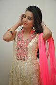 Deeksha panth glamorous photo shoot-thumbnail-9