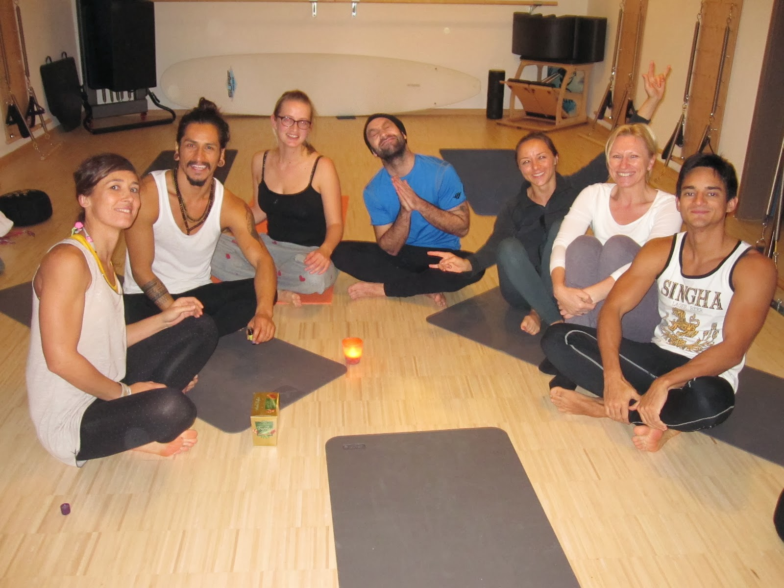 TT 2013/2014 Yoga Lounge IN beim HAPPY Yoga & Pilates Ingolsatdt- Starting the Path, Nov 2013