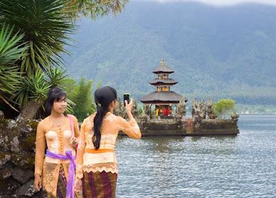 Island Of The Gods [Bali]