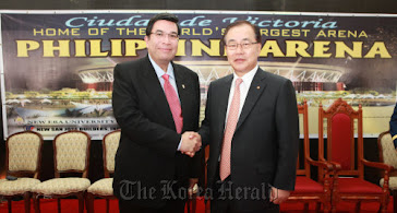 Bro. EDUARDO MANALO and Korean Hanwha Vice Chairman Hyung Chung Kim