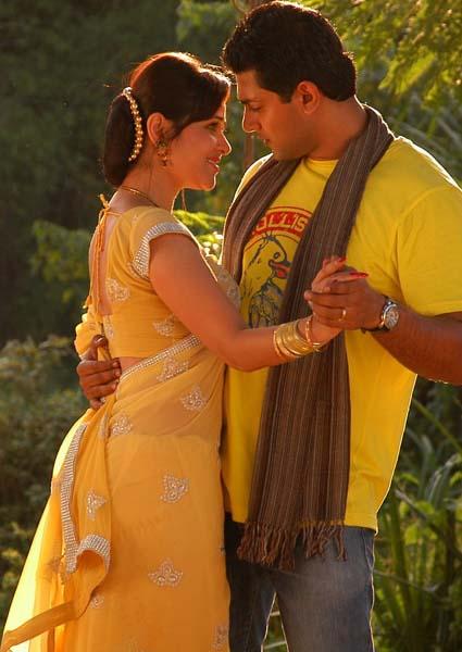 dandu-palyam-movie-heroine-nisha-kothari-stills3
