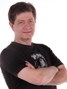 Locutor, Músico e Ator - Renato Belschansky