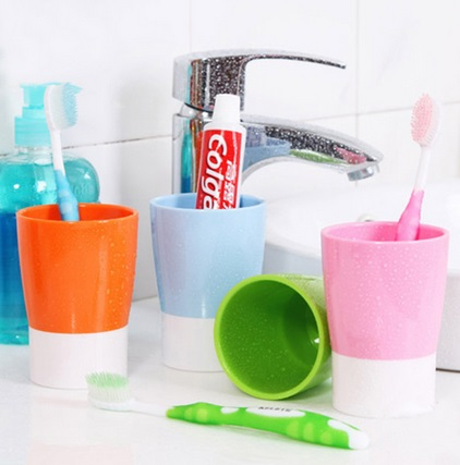 Vasos plásticos de colores